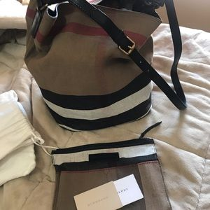 Authentic Burberry big tote with extra purse.